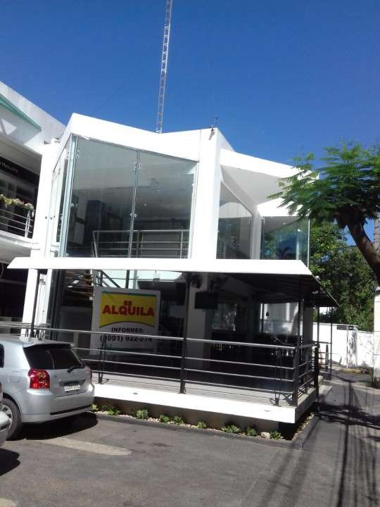 Local gastronómico totalmente equipado en Villa Morra - 4