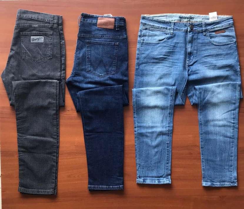 Jeans Wrangler talla 38 al 48 - 0