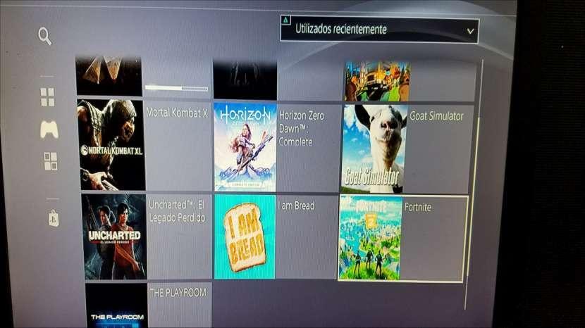 PS4 con juegos - 2