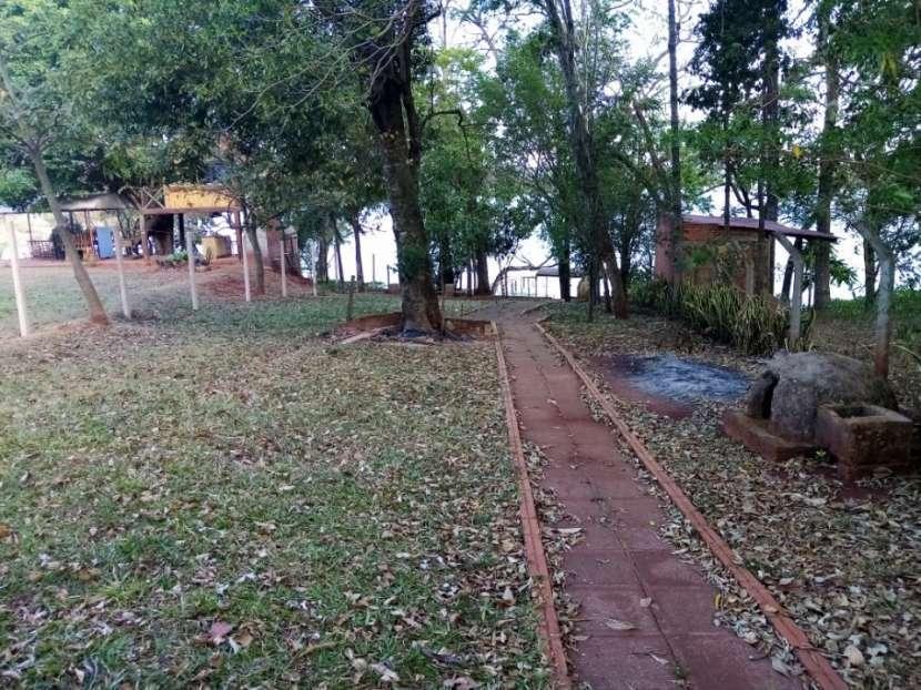 Propiedad frente al Lago Acaray Hernandarias - 2