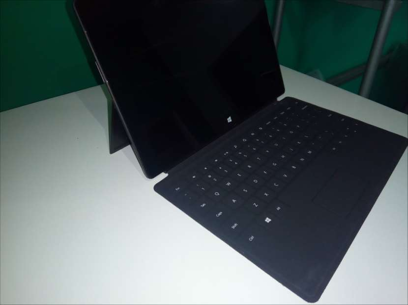 Microsoft Surface Tab 10 pulgadas - 1