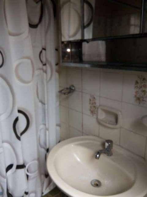 Pieza con aire y baño privado zona Multiplaza - 3