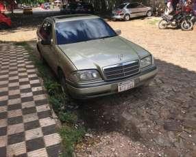 Mercedes c230 sencillo 1997 versión Americana