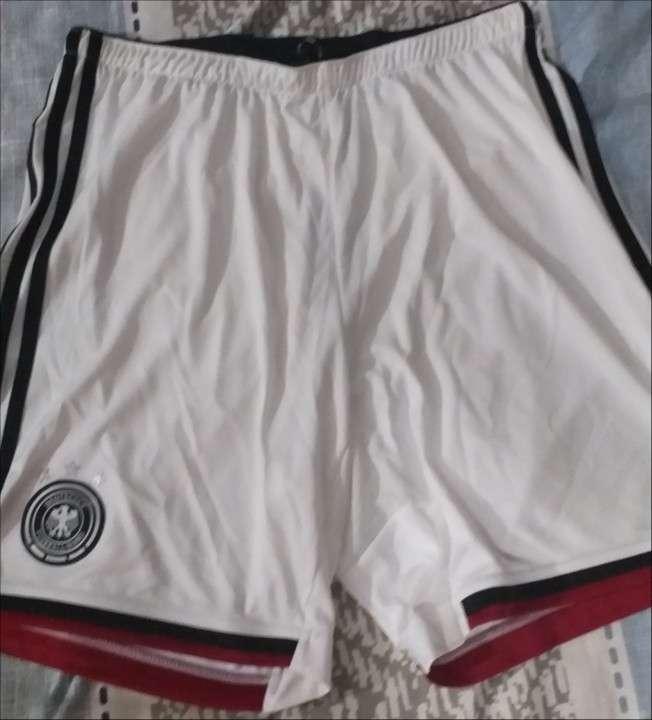 Short Adidas de la Selección Alemana Campeona del Mundo 2014 - 0