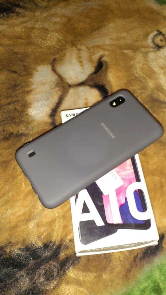 Samsung Galaxy A10 - 4