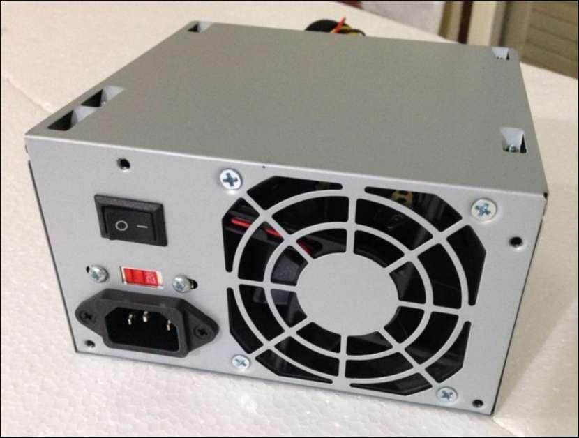 Fuente de alimentación para PC Satellite P5 LC-509BTX 200W - 1