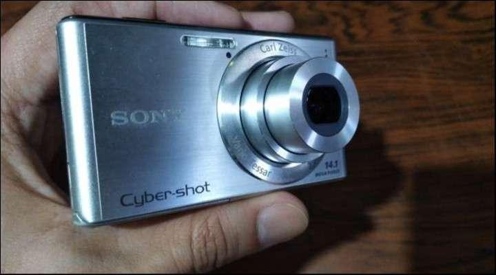Cámara digital Sony Cybershot 14.1 mp - 0
