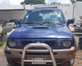 Nissan Mistral 1998 diésel automático 4x4