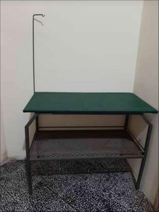 Mesa para peluquería - 1