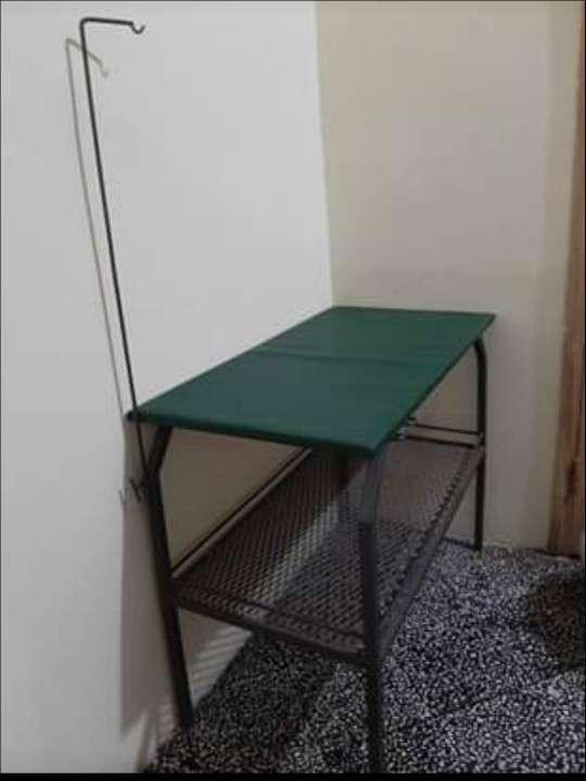 Mesa para peluquería - 0