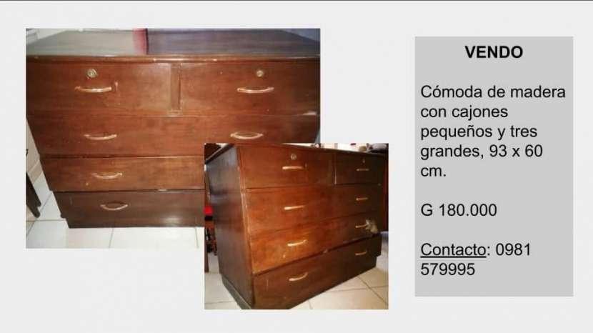 Cómoda de madera - 0