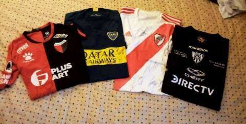 Camisetas de Tevez Santos Borré y Díaz - 0
