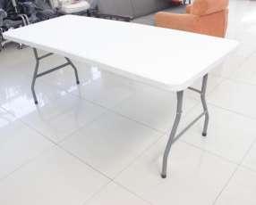 Mesa pegable tipo maletín 2,44 cm