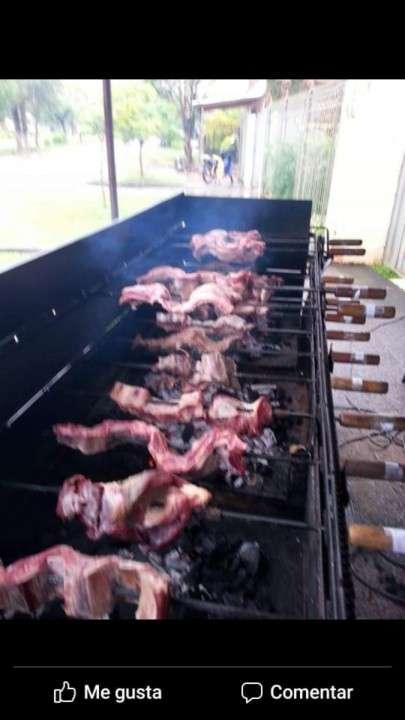 Parrilla eléctrica giratoria 26 espadines. Para 80k de carne - 0