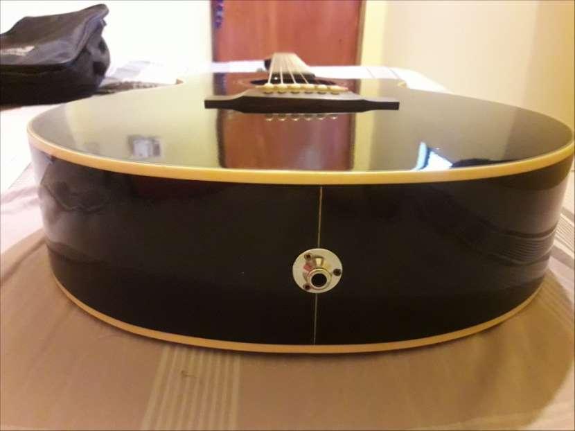 Guitarra takamine series G - 4