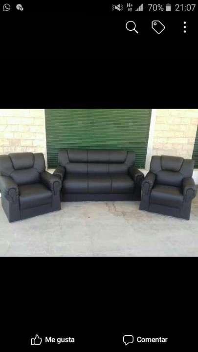 Sofa ecocuero - 0