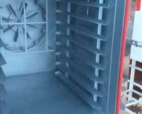 Horno para 10 bandejas en motor trifásico