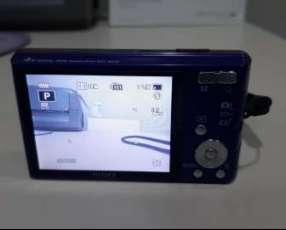 Cámara digital Sony 14.1 megapíxeles