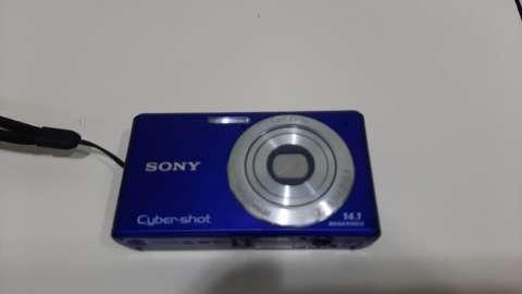 Cámara digital Sony 14.1 megapíxeles - 1