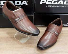 Zapato de vestir Pegada sin cordon