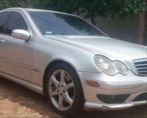 Mercedes benz c 230 2.007