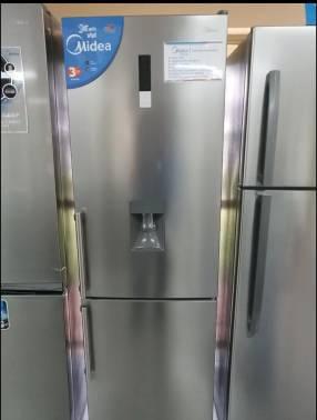 Heladera midea 400 litros.