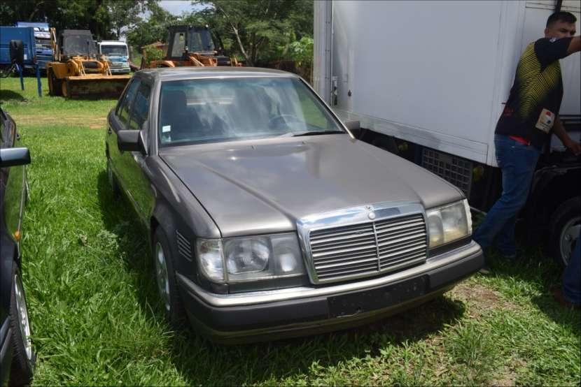 Mercedes benz 300d turbo. automático. diésel - 0