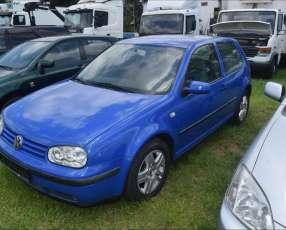 Volkswagen golf. 2004. naftero