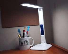Lámpara LED de escritorio