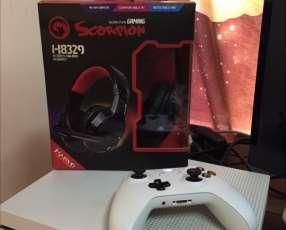 XBOX ONE S DE 500gb!! 1 control más auriculares