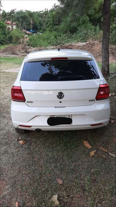 Volkswagen Gol 2018 26.000 KM de Diesa transferencia 50-50 - 4