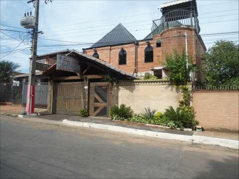 Casa de 2 plantas a 300 metros de ruta 2 km 14 San Lorenzo