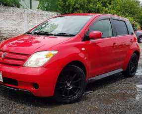 Toyota ist 2003 Unica Dueña Motor 1300