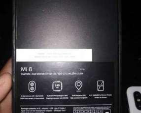 Xiaomi Mi 8 de6gb 128 gb cómo nuevo