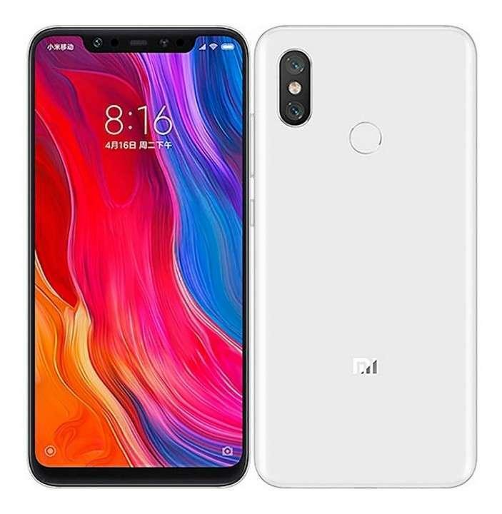 Xiaomi Mi 8 de6gb 128 gb cómo nuevo - 1