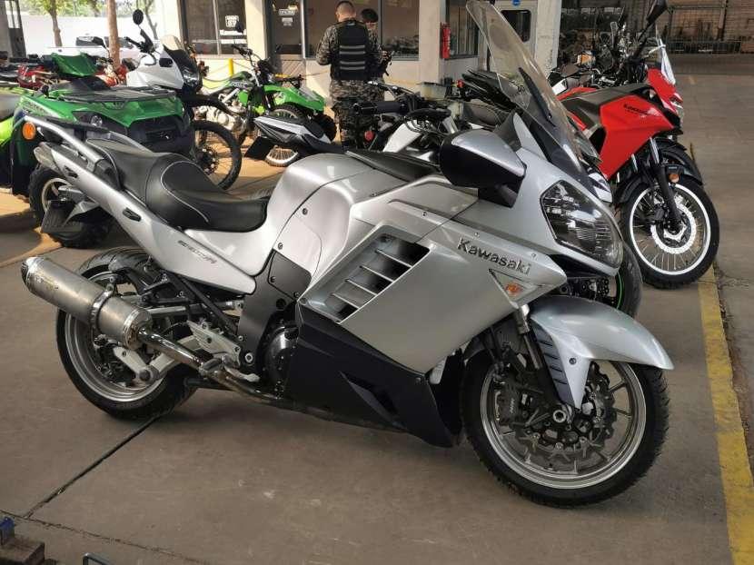 Moto Kawasaki Concours 1400 cc - 1
