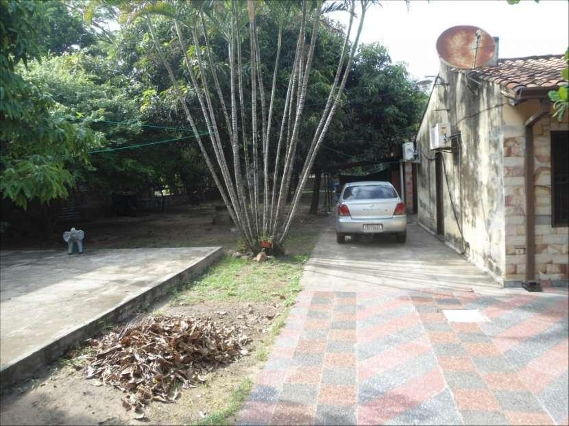 Casa de 1440 m2 sobre avenida asfaltada Limpio - 1