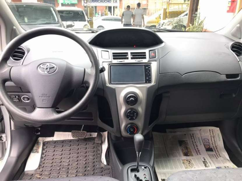 Toyota New Vitz 2010 motor 1.3 naftero automático - 4