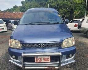 Toyota Noah 1998