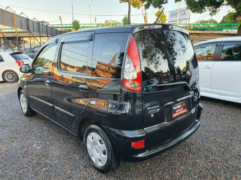 Toyota funacargo 2003 - 5