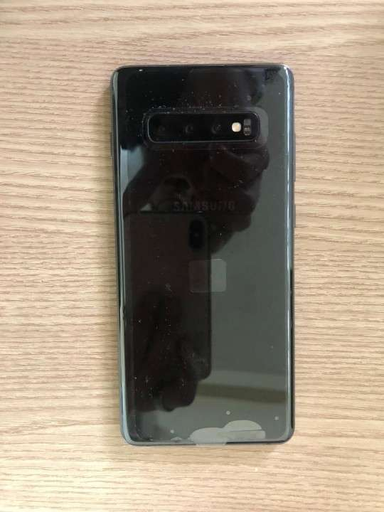 Samsung Galaxy S10 plus - 0
