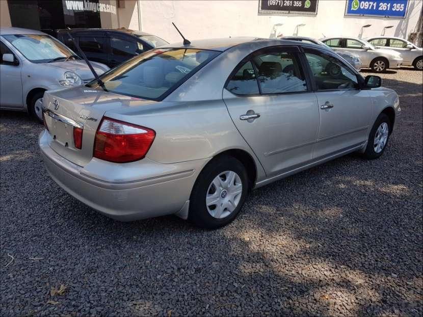 Toyota premio 2002 - 1