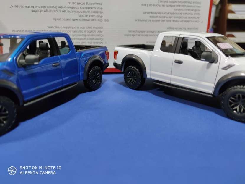 Ford raptor 1/24 - 0