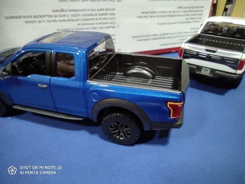 Ford raptor 1/24 - 1