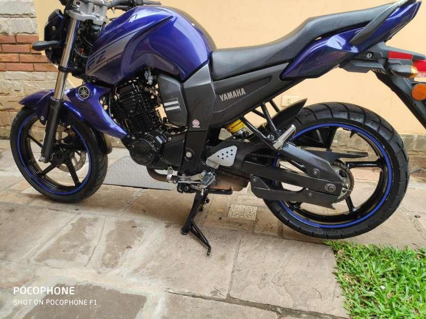Moto Yamaha FZ16 - 2