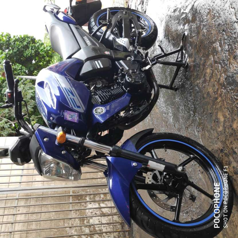 Moto Yamaha FZ16 - 7