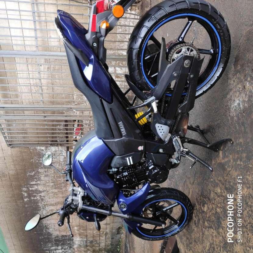 Moto Yamaha FZ16 - 8
