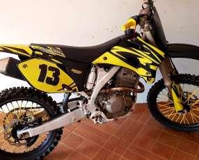 Moto Yamaha 250F motor Tornado kit 330
