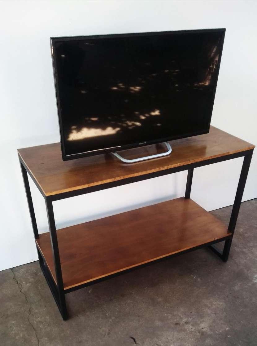 Mesa para TV Metal-madera - 0