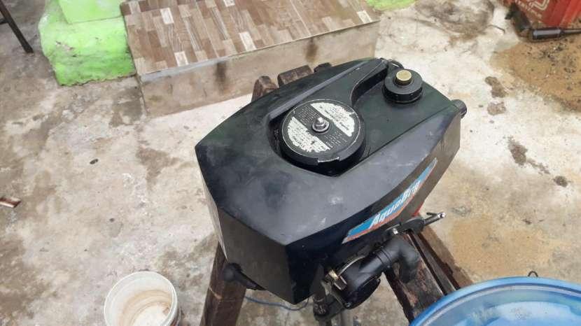 Motor fuera de borda 2 HP - 1